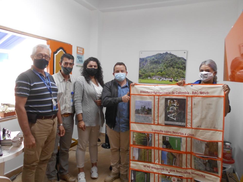 10 maletas viajeras de la BAC Móvil fueron entregadas por AGROSAVIA  en municipios citricultores de Antioquia y el Eje Cafetero