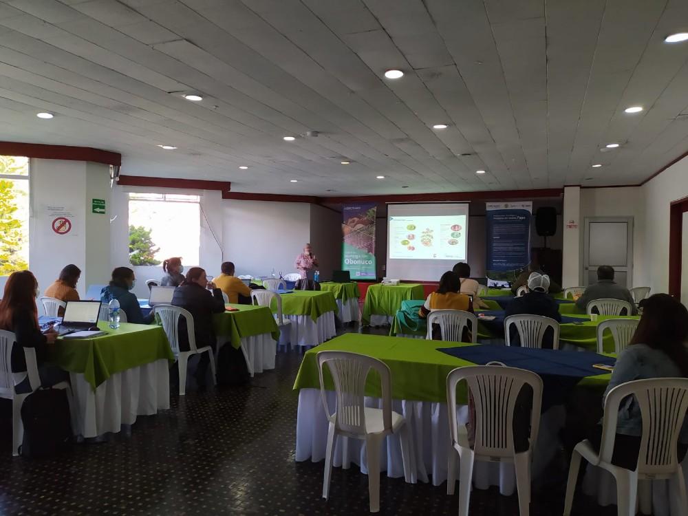 Seminario de Actualización en el complejo Punta Morada de la Papa