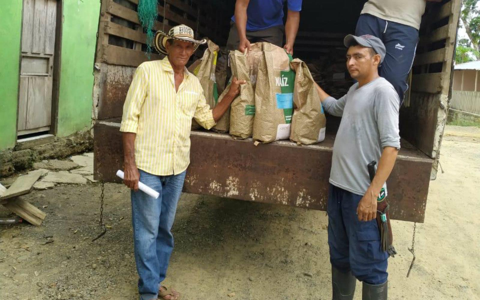 AGROSAVIA y PNIS entregan a productores de Montelíbano – Córdoba nuevas semillas en reemplazo a cultivos ilícitos