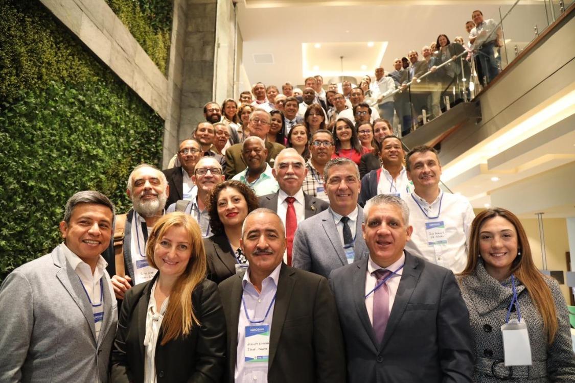 Expertos de Latinoamérica y el Caribe reunidos en taller sobre exclusión, prevención y manejo de brotes de la raza 4 tropical de Fusarium