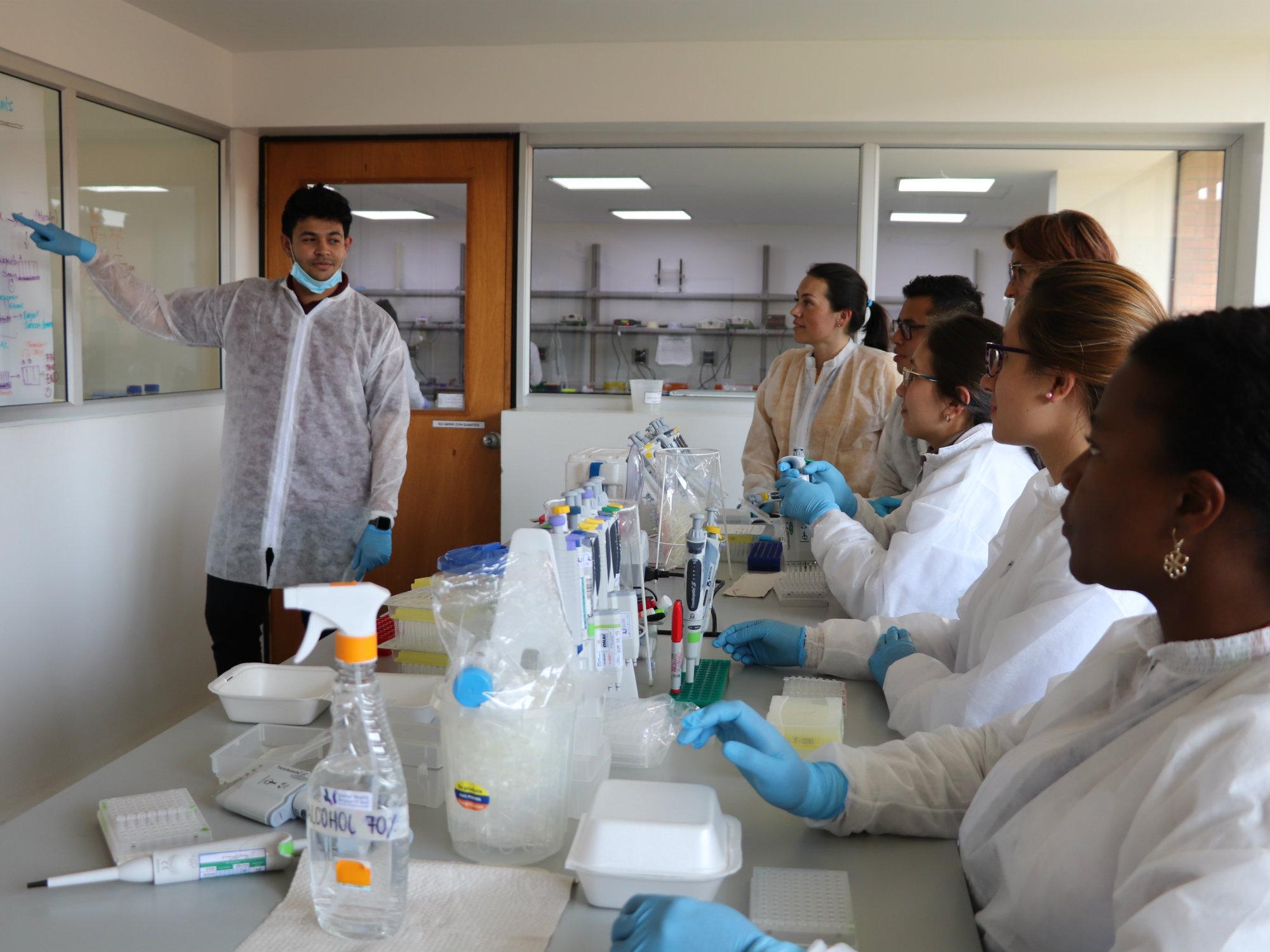 Con el apoyo del Instituto Sanger y la financiación del NIH del Reino Unido, AGROSAVIA se mantiene a la vanguardia en vigilancia genómica inteligente de la resistencia antimicrobiana