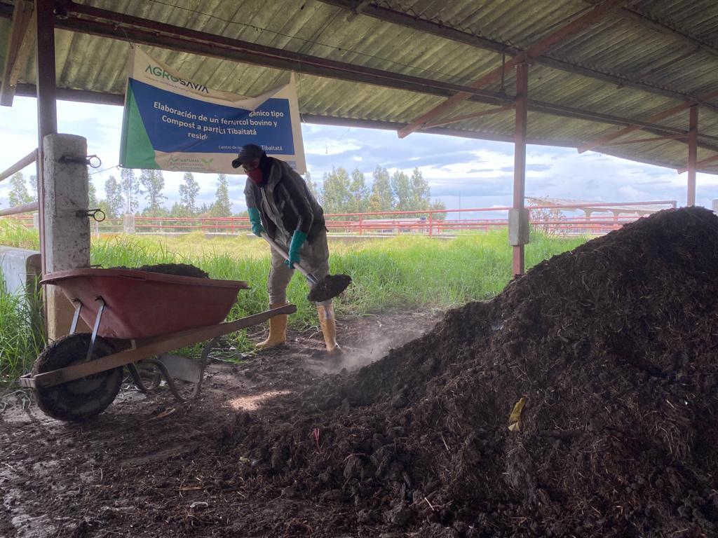 Generación de compost de estiércol para producciones agropecuarias más sostenibles y suelos más saludable
